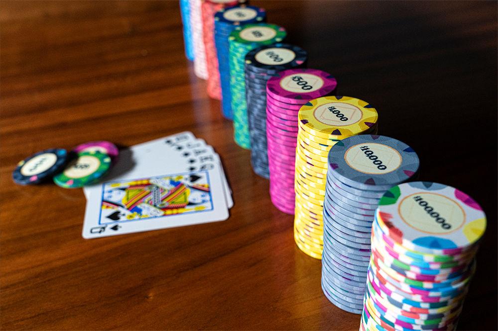 Classic Casino Poker Chips (1)