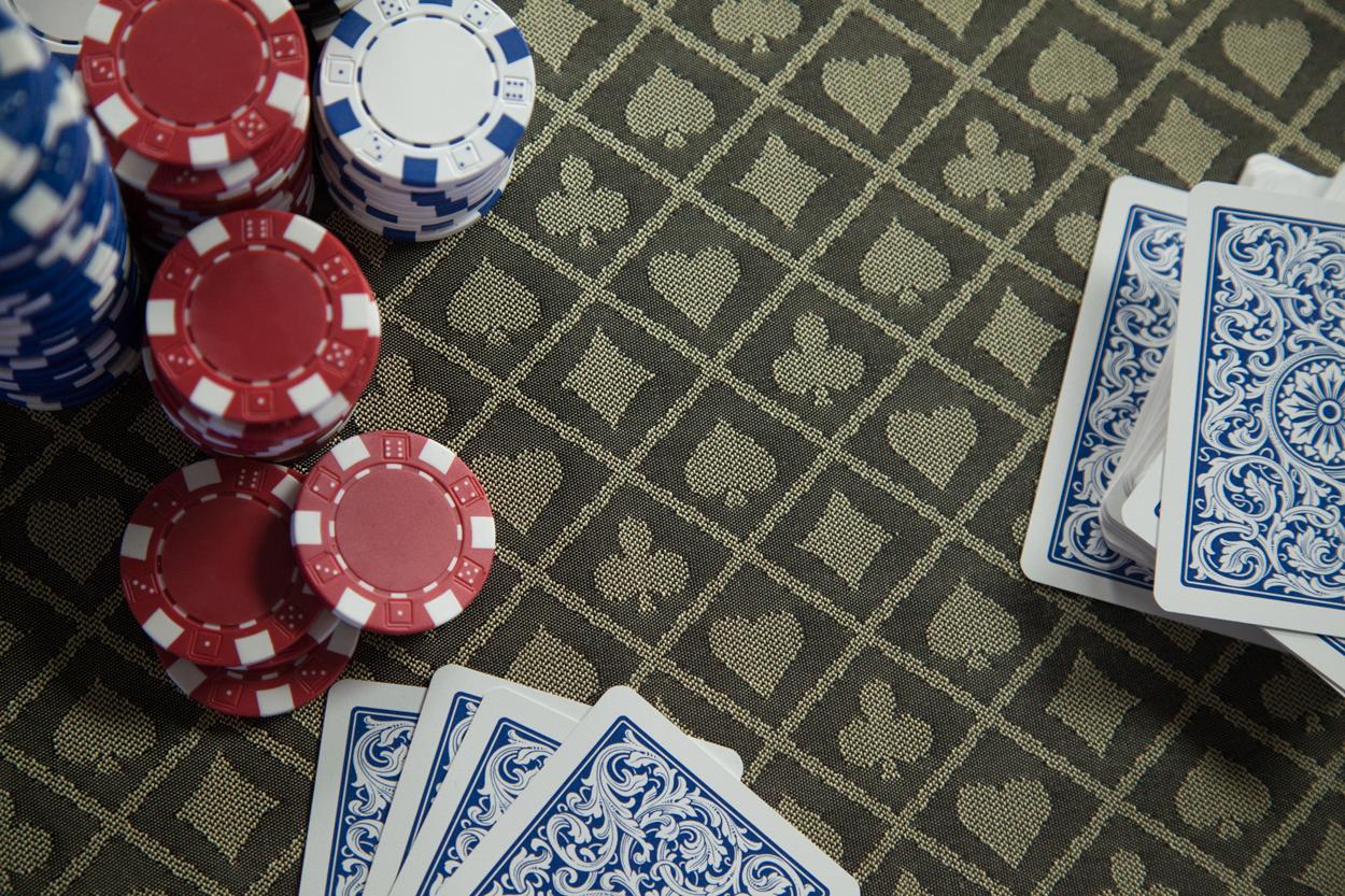 """""""Champagne Papi"""" iShowroom Custom Ginza LED Poker Game Table (4)"""