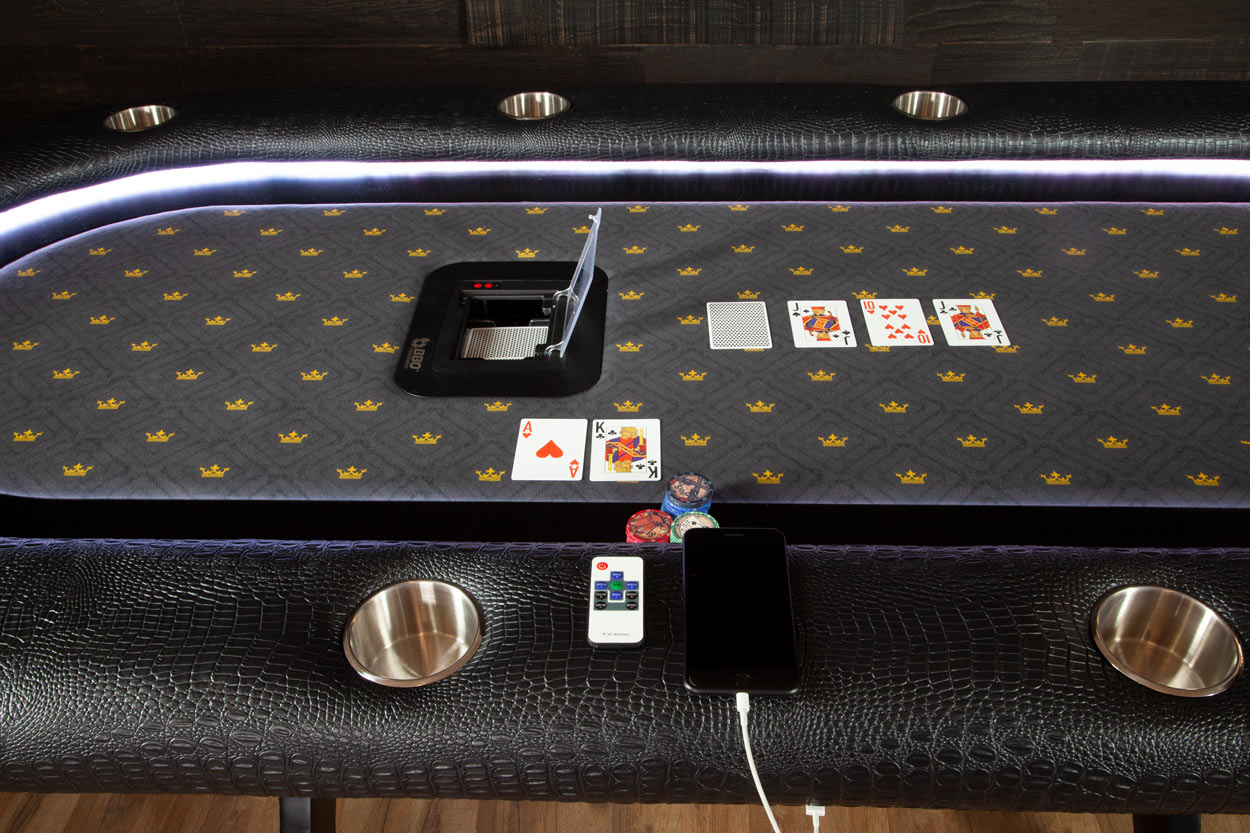 The Elite Alpha Poker Table - The King's Court (6)