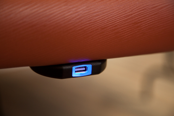 Mounted USB smart chargers